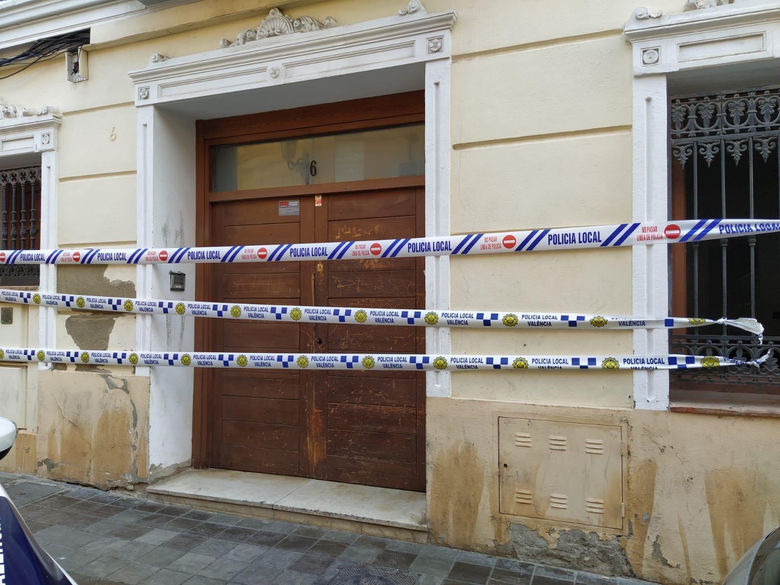 Desalojan y tapian una vivienda en el centro de Benimàmet