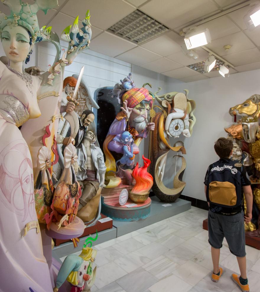 Un recorrido por el arte y la tradición de la idiosincrasia alicantina