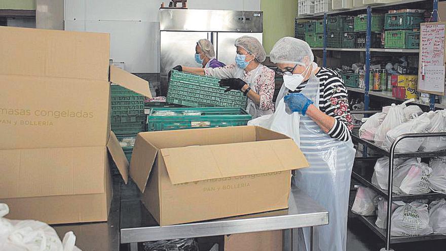 La Cocina Económica reparte 300 menús del Desarme