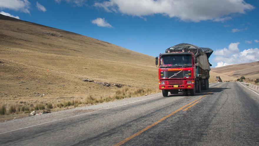 Al menos 10 muertos tras accidente de carretera en el sur de Perú