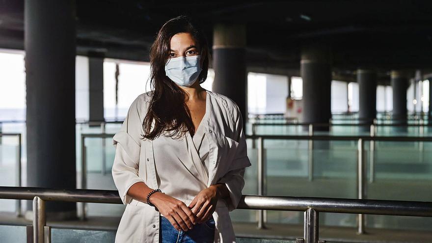 """Marta Hernández Meneses: """"Que el virus mute no significa que la vacuna deje de ser efectiva"""""""
