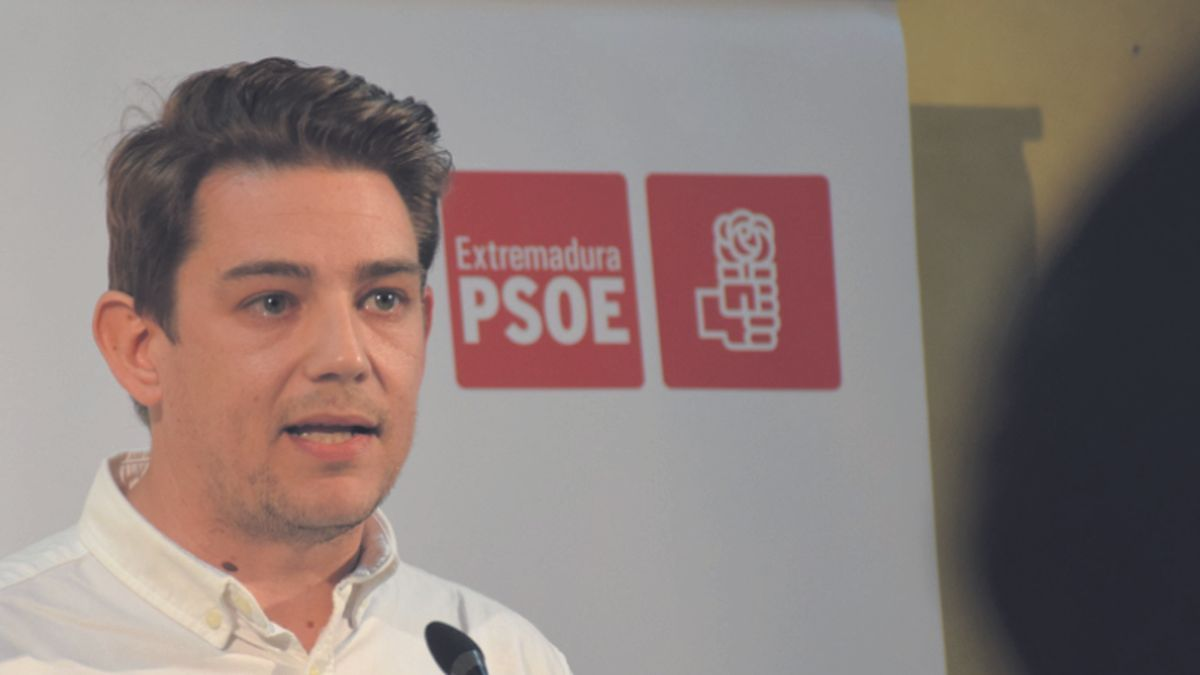 El portavoz socialista en el ayuntamiento, Héctor Lisero.