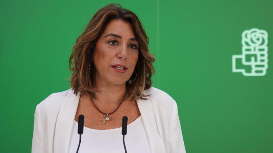 """Susana Díaz ve """"radicalizado"""" al PP por el veto parental"""