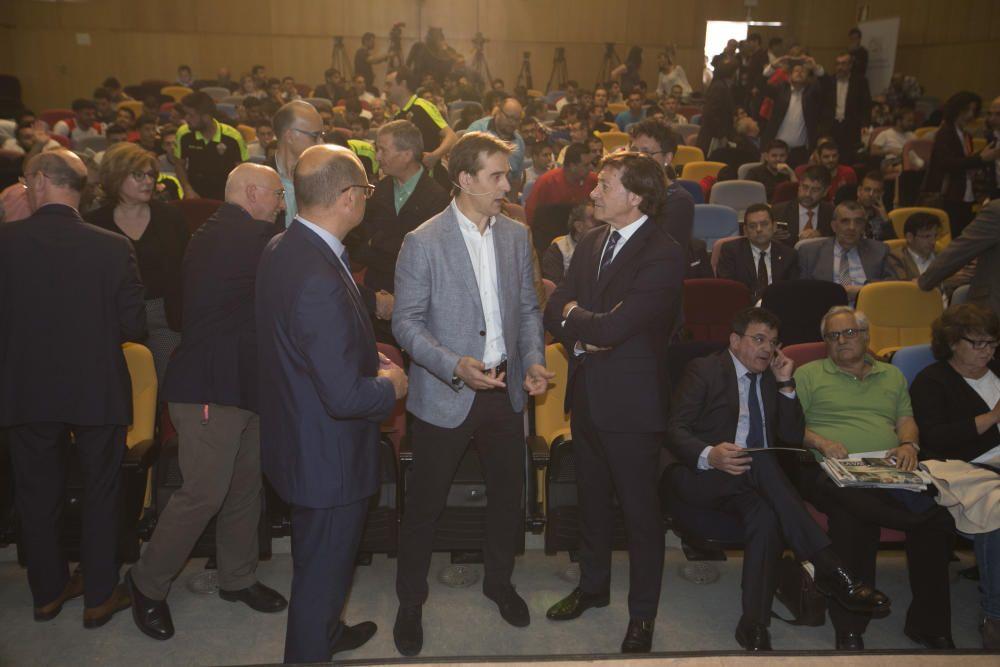 El seleccionador Julen Lopetegui en la Universidad de Alicante.