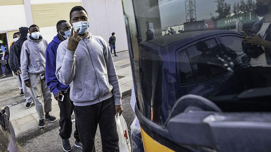 Cien migrantes a El Matorral