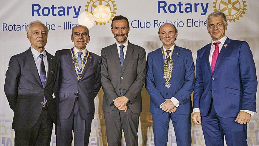 Los rotarios de Elche celebran el cambio de presidentes
