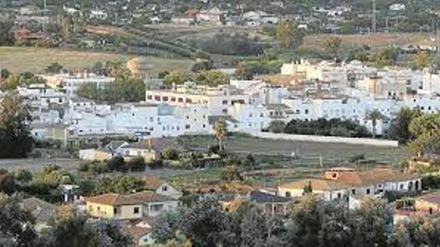 El PSOE vuelve a denunciar el abandono de Alcolea y el barrio del Ángel