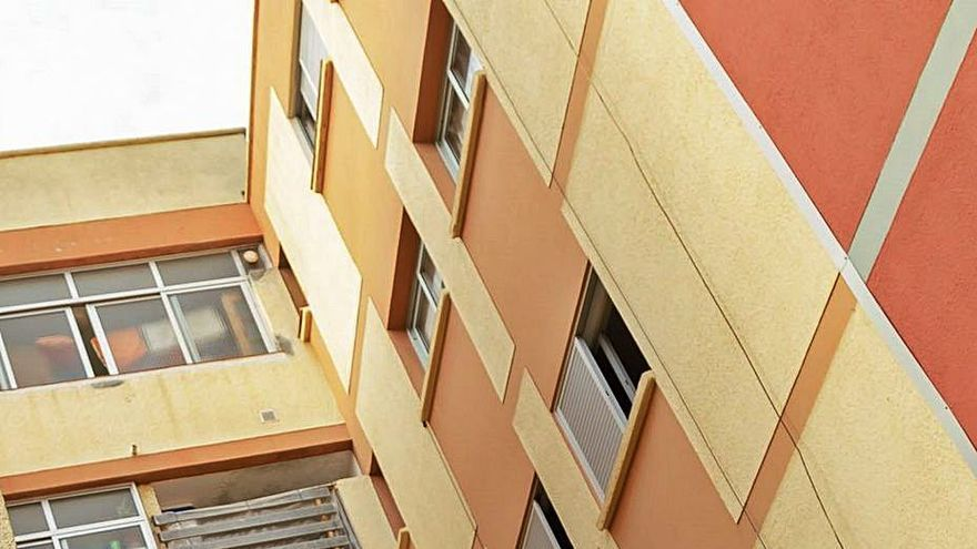 Prisión por asesinato para el hombre que mató a una mujer prendiéndole fuego en Tenerife