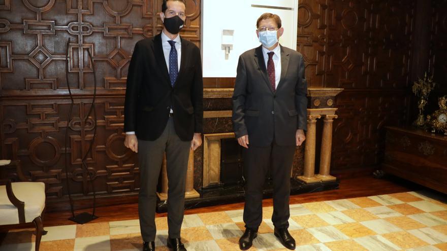 Recepción de Ximo Puig a los agentes sociales y a representantes políticos