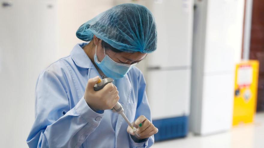 """La Xina admet que les seves vacunes tenen una """"efectivitat baixa"""""""