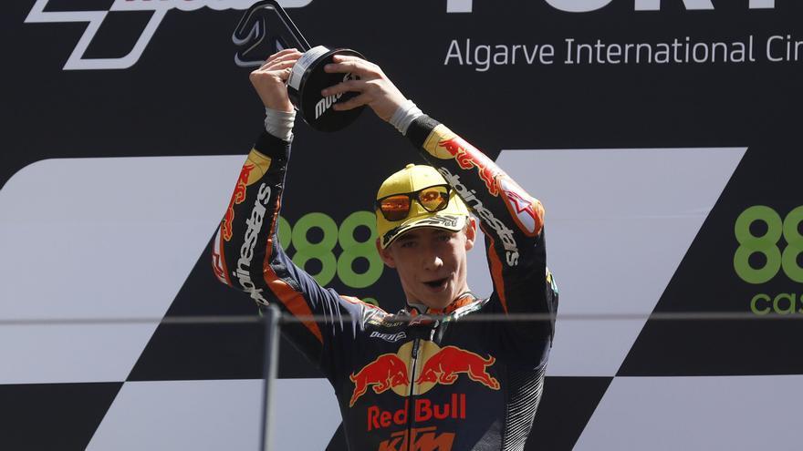 Pedro Acosta, ganador de Moto3 2021 en el circuito de Portimao