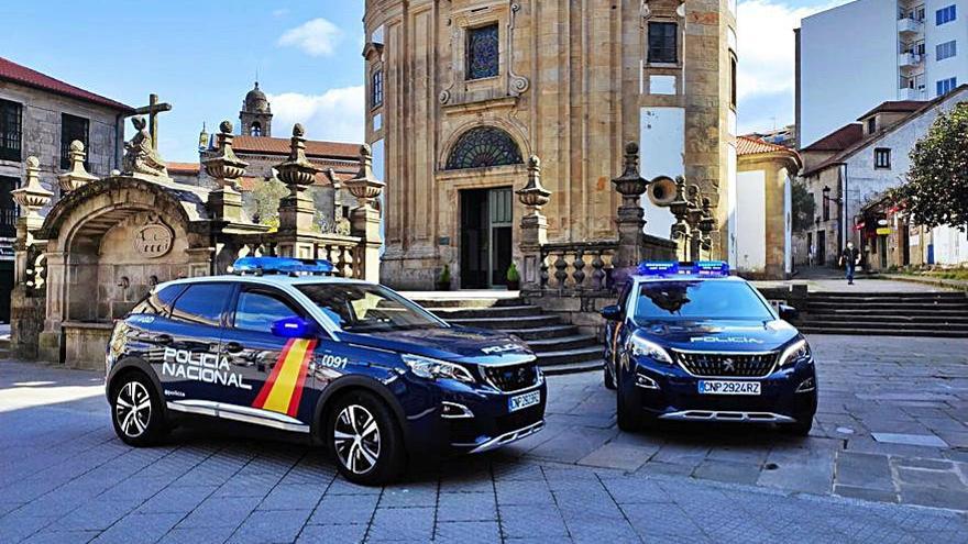 La Policía Nacional de Pontevedra se sube al coche híbrido