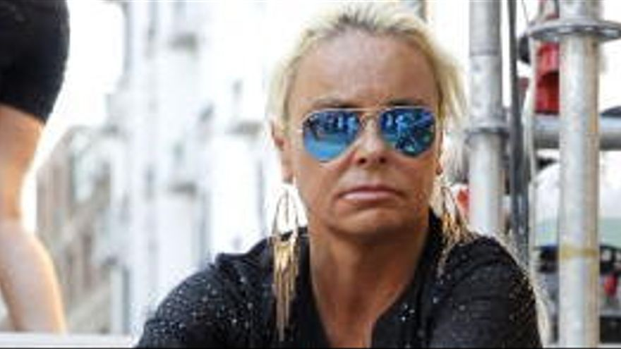 Enxampen càrrecs de Ciutadans i del PP en una festa il·legal amb Leticia Sabater