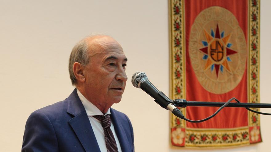 Medalla de Alfonso X el Sabio para el profesor Reyes Abel Hernández Blázquez