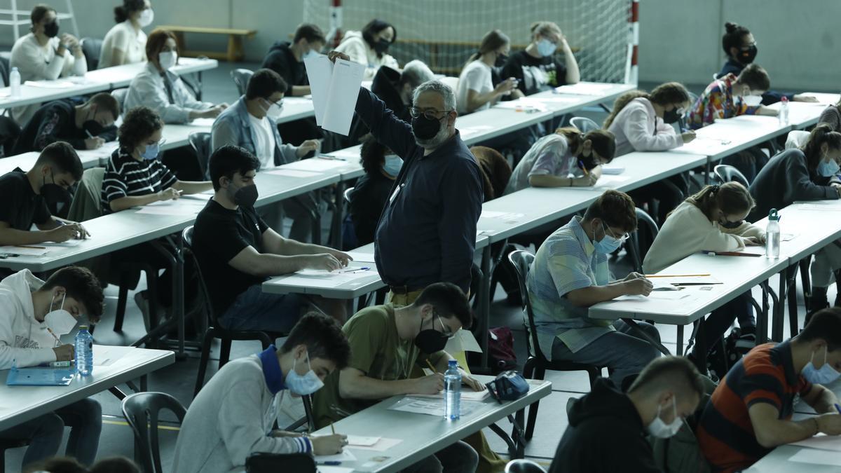Primeros exámenes de la EBAU en Mieres