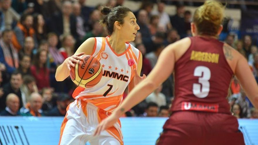 Alba Torrens vuelve a las pistas tras nueve meses lesionada