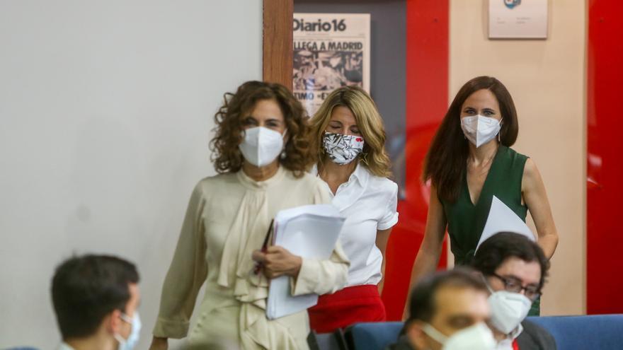 Montero se desmarca de las palabras de Belarra sobre el futuro de Puigdemont