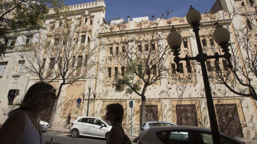 El proyecto inicial para un hotel en el Ideal incumple la normativa