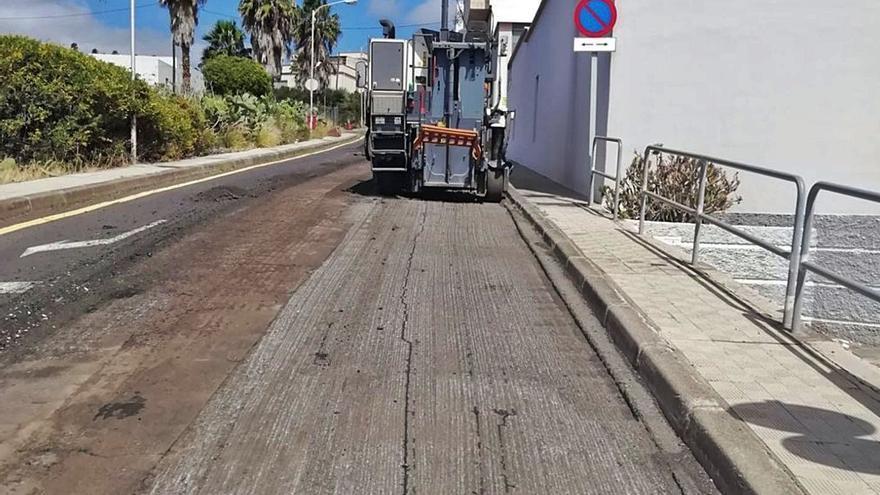Invierten 700.000 euros en asfaltar ocho calles del Suroeste
