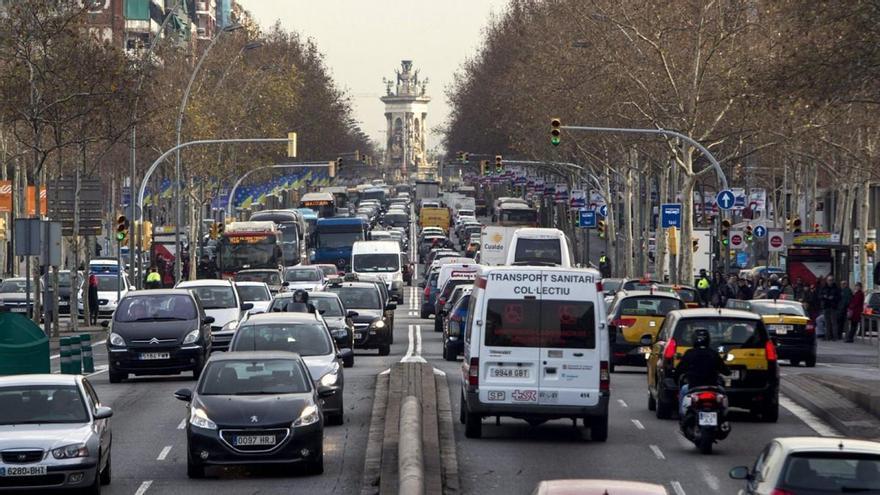 El año 2020 cerró con una caída de las ventas de coches del 32,3%