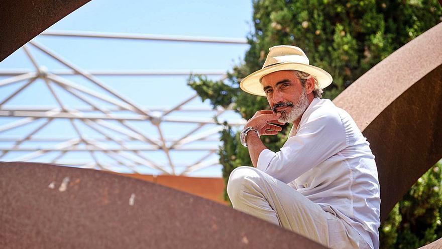 Altercado, calabozo y libertad para Micky Molina