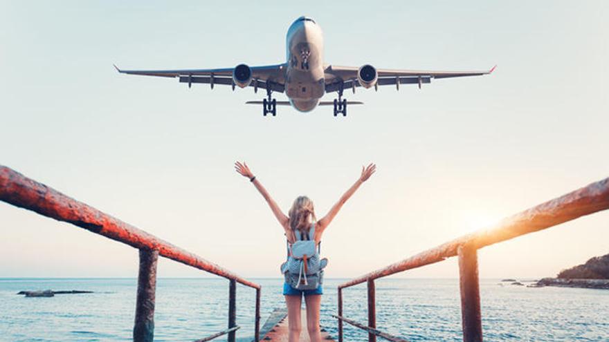 Seis consejos para viajar en avión a un precio asequible