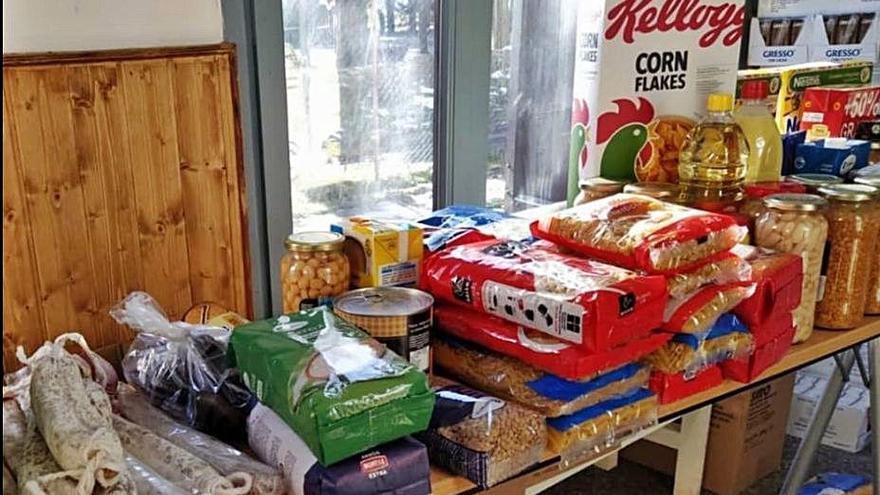 La Xarxa de Suport Mutu de Cerdanya fa una donació al Banc dels Aliments