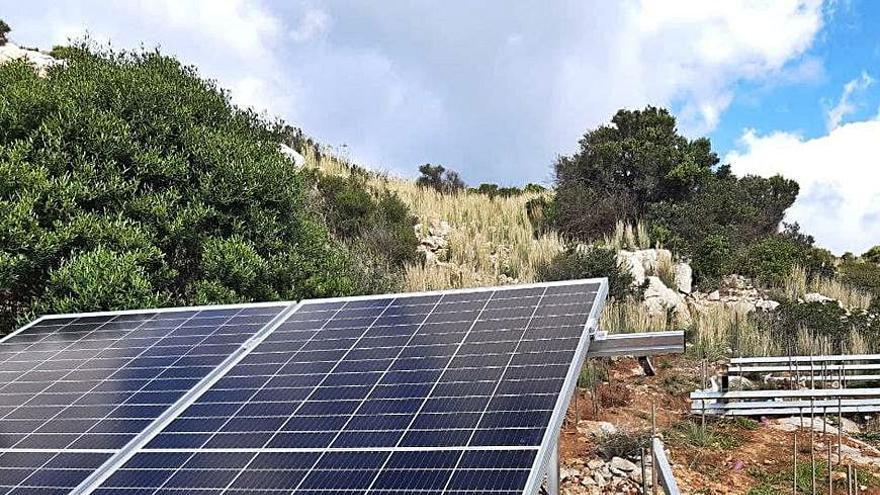 Instalan placas solares en sa Dragonera