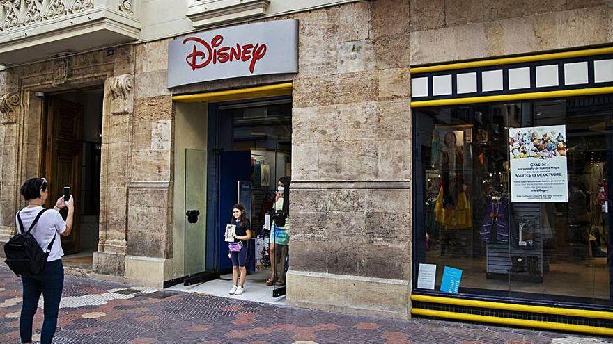 La tienda Disney de València cierra sus puertas