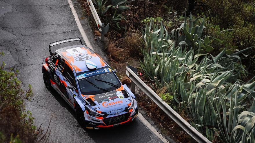 Ares-Vázquez concluyen la primera etapa al frente del Rally Islas Canarias