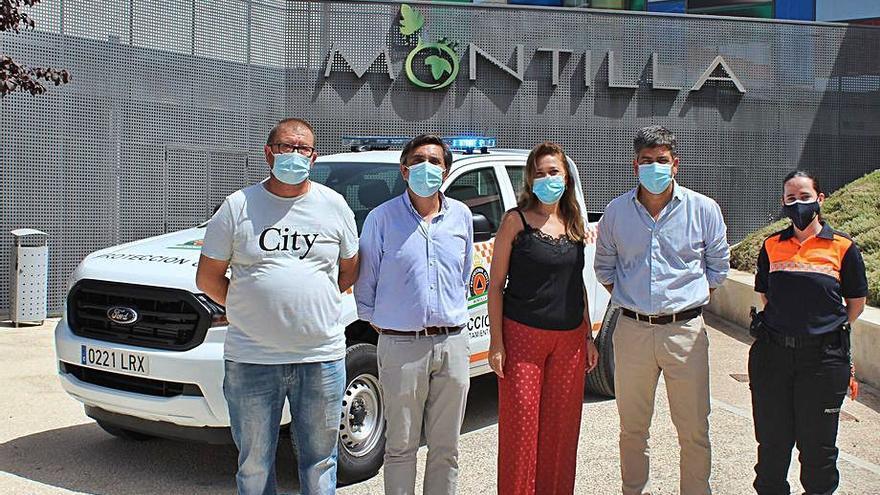 Una nueva furgoneta completa el equipamiento de Protección Civil de Montilla
