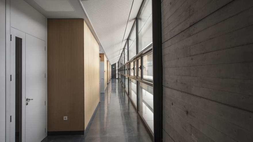 El edificio del Campus Agua modifica sus usos para centrarse en la investigación