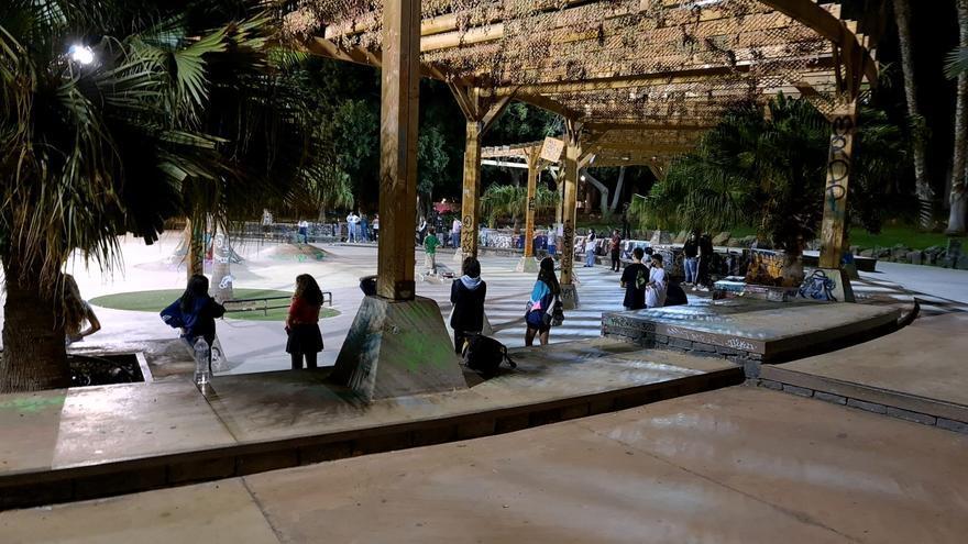 Desalojan a más de 160 personas en las canchas de la Casa Pisaca y el parque La Granja