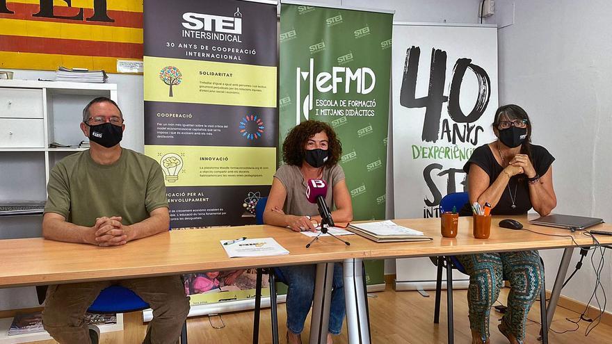Casi un centenar de docentes abandonan Ibiza y Formentera después del concurso de traslados