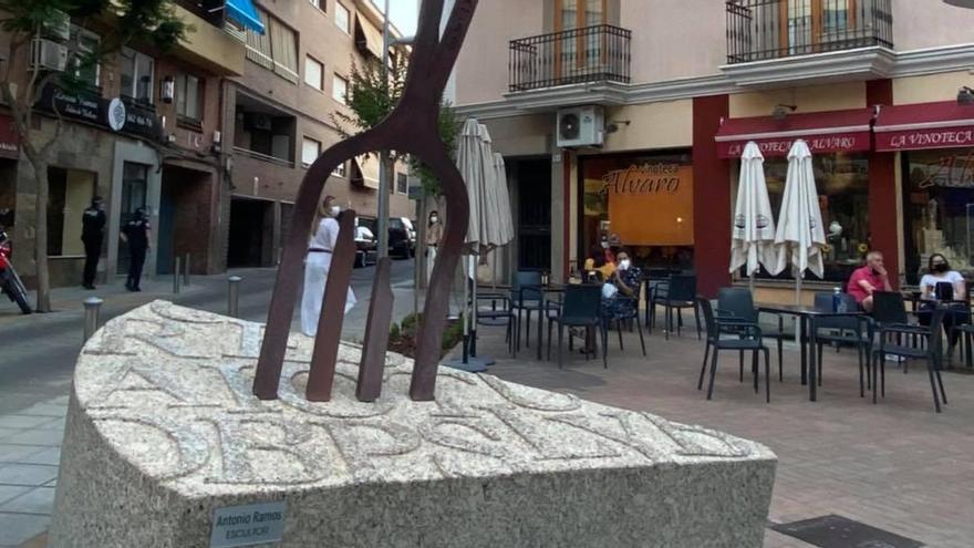 Monumento a la tortilla de patatas en Villanueva de la Serena
