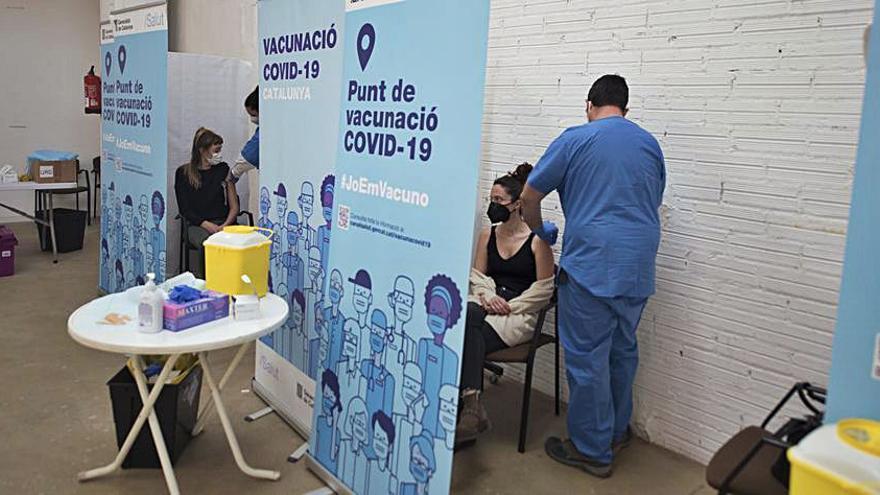 Residents a Manresa però sense la vacuna per ser del País Basc