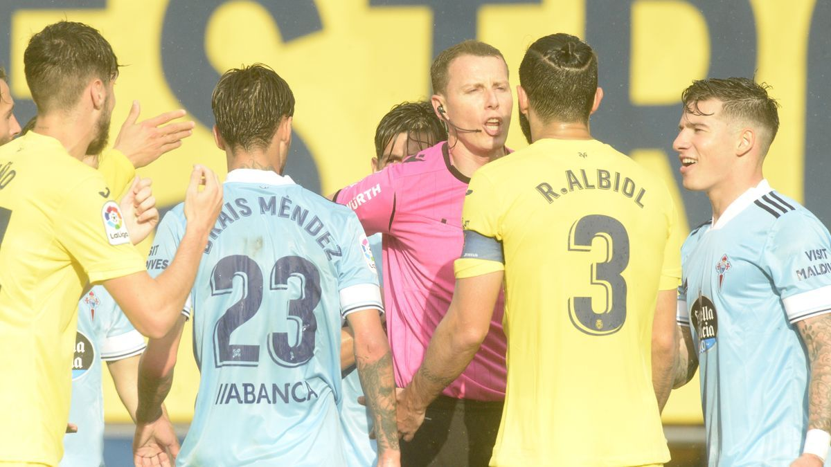 El colegiado Medié Jiménez ofreció una mala imagen en el feudo amarillo en el Villarreal-Celta.