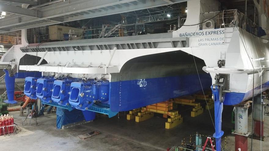"""El nuevo trimarán """"Bañaderos Express"""" podría operar este verano en Canarias"""