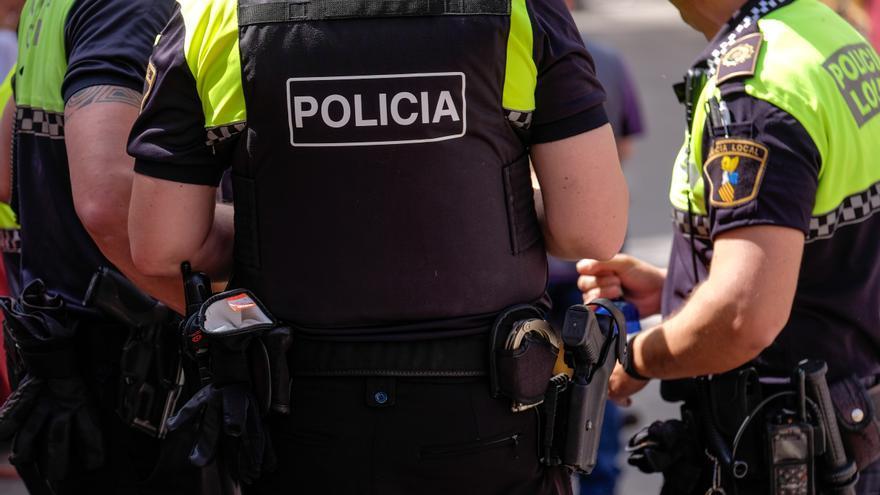La Policía Local de Elda impone 184 sanciones en el último mes por infracciones sanitarias del covid-19