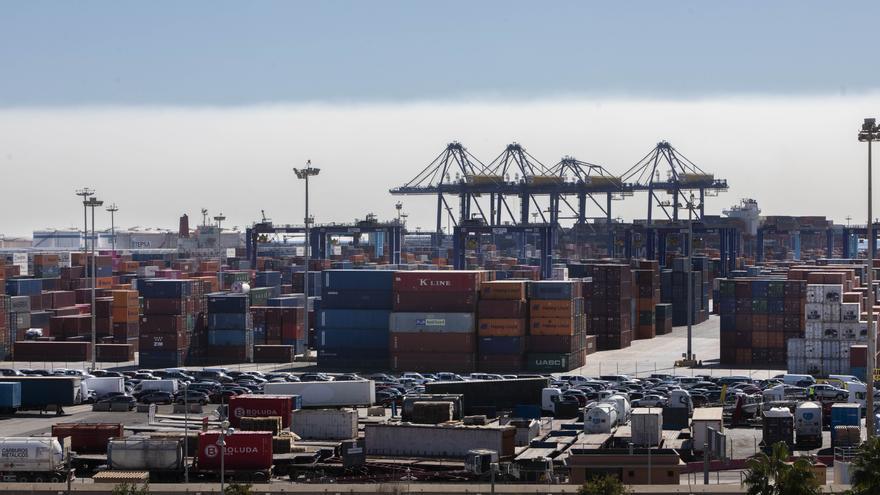 """Compromís recurrirá en los tribunales """"contra la insostenible ampliación del puerto"""""""