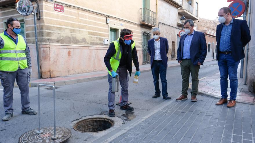 El alcalde de Aspe pide reforzar las medidas anti covid tras las analíticas del alcantarillado