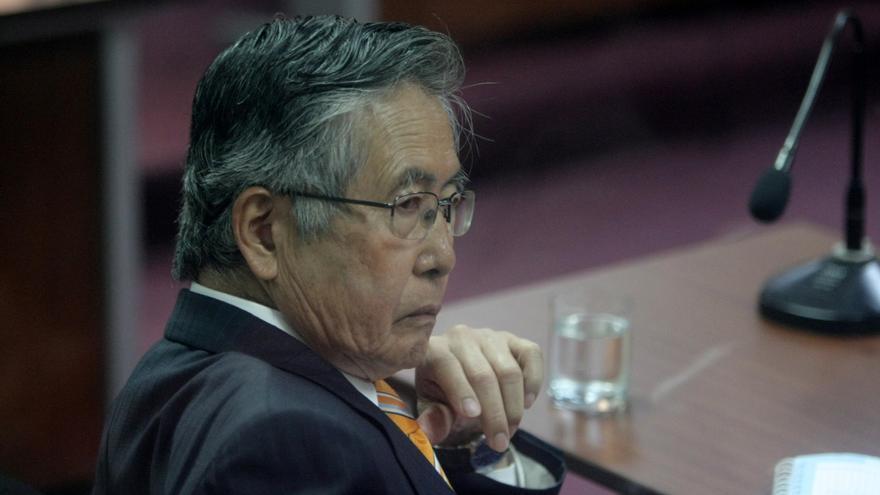 El expresidente Fujimori es trasladado a un clínica por problemas respiratorios