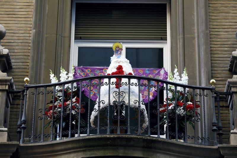 La Ofrenda en los balcones