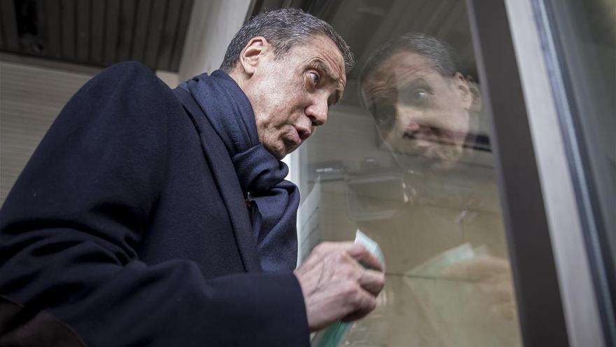 Duelo judicial entre Zaplana y los investigadores de su caso