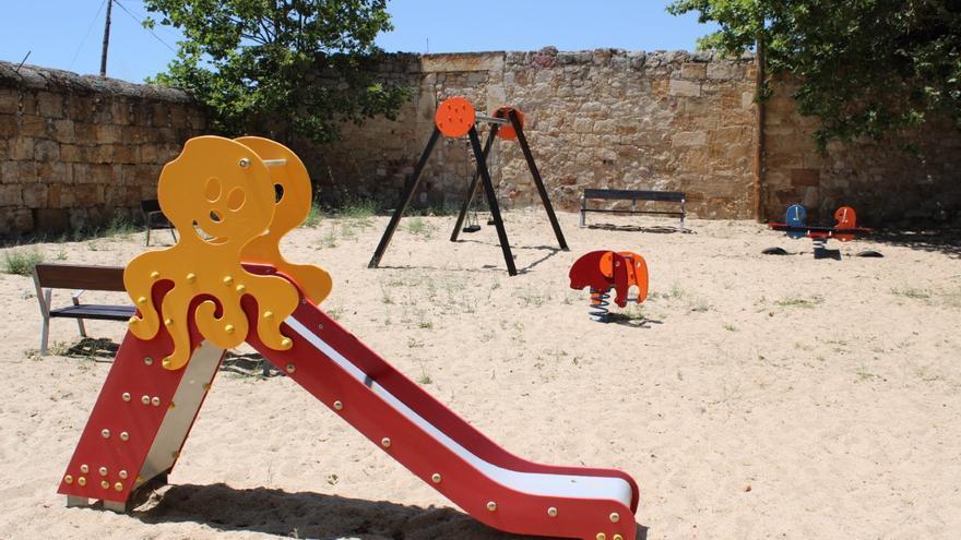 Chapa y pintura para los parques infantiles de Zamora