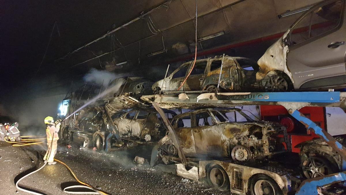 El incendio que motivó el cierre del túnel. // Eurorrexión