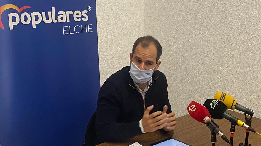 El PP acusa al equipo de gobierno de usar contratos covid para otros fines en Elche