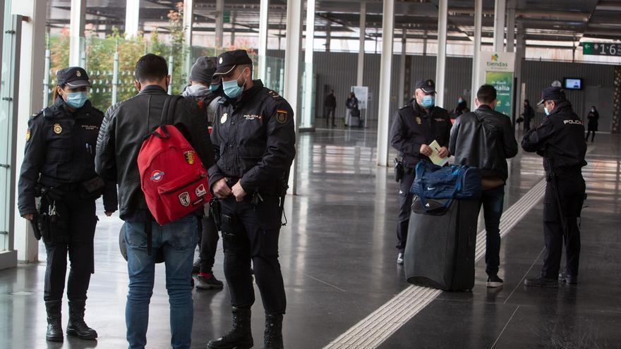 Refuerzo en Alicante de controles en trenes y autobuses por el cierre perimetral