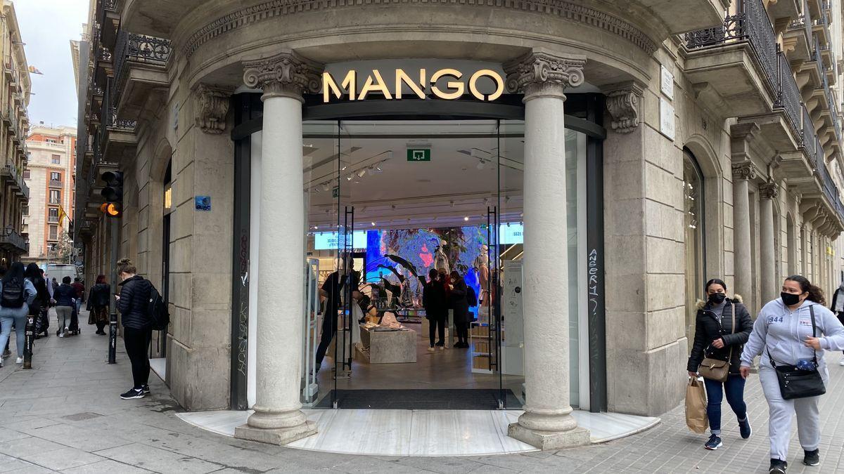 Mango redujo la facturación el 22,4% en el 2020 hasta 1.842 millones de euros, con un peso del canal 'on line' del 42%
