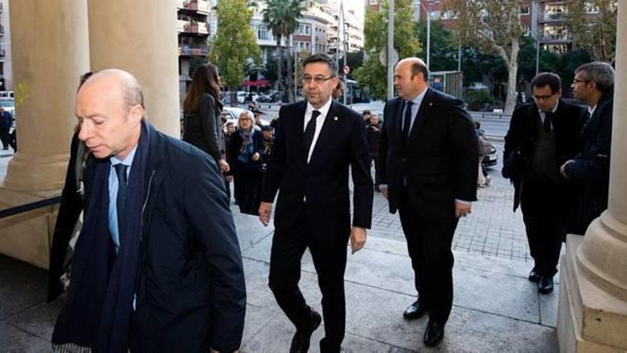Últim adeu a l'expresident del Barça Josep Lluís Núñez